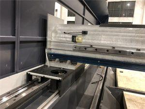 مفتوح نوع الألياف المعدنية آلة القطع بالليزر مصدر maxphotonics لقطع غيار السيارات