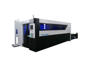 500W الألياف آلة القطع بالليزر للصلب الكربون
